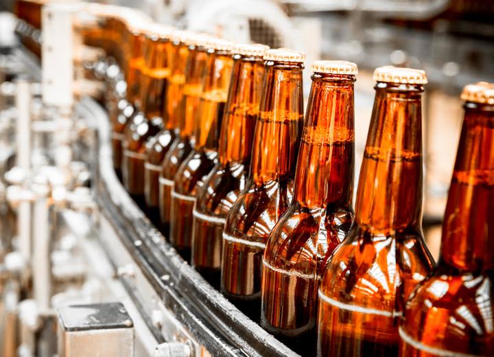 En América Latina, la cerveza es la bebida envasada más popular. Los pronósticos sobre el comportamiento de los mercados en la región indican que en el periodo 2017 y 2022 la cerveza registrará un crecimiento absoluto de 7.600 millones de unidades.