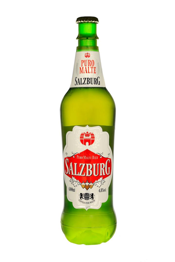 La brasilera New Age quería su cerveza Salzburg en presentación de 600 mililitros, que la base de botella fuera tipo champaña en lugar del estilo tradicional petaloide, y que en el pico se incluyera un relieve que permitiera aplicar la tapa metálica tradicional de las cervezas.