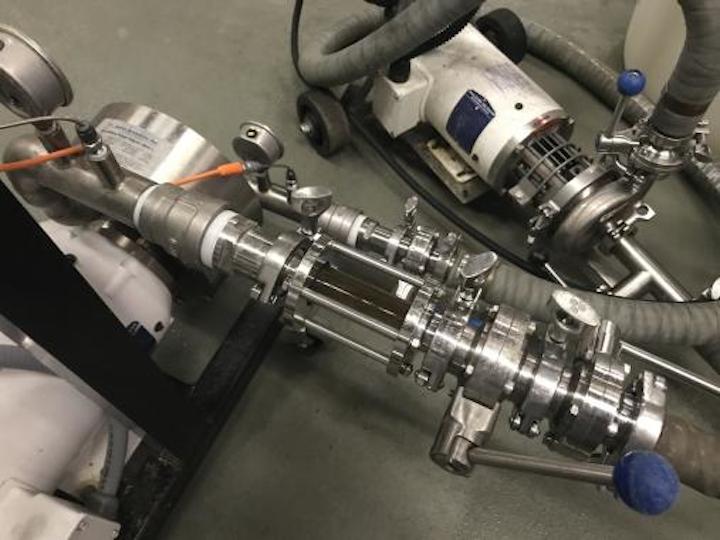 Cabarrus Brewing Company utiliza ShockWave Xtractor de Hydro Dynamics, Inc. para extraer más sabor de los lúpulos y acelerar el proceso de fabricación de cerveza. Foto cortesía de Cabarrus Brewing Company.