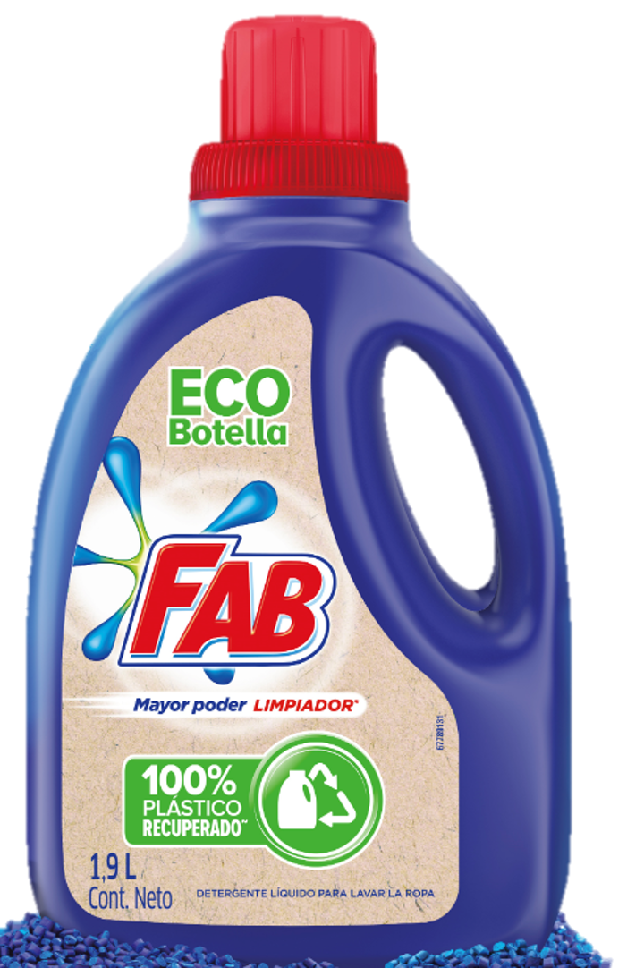 De acuerdo con Unilever, la empresa utilizará mensualmente 6,5 toneladas de material reciclado para la producción de los nuevos envases.