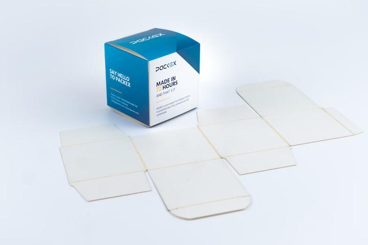 La impresión digital y el troquelado permiten que PackEx ofrezca cajas plegadizas en tirajes pequeños dentro de cinco días o menos.