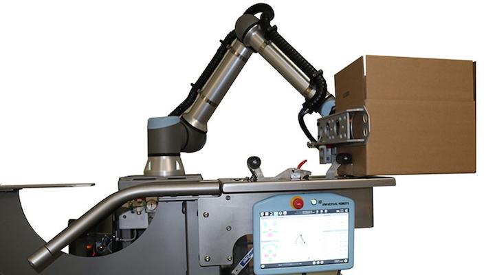 La solución de DCF Mexicana y Universal Robots consta de un robot colaborativo y una banda transportadora modular.