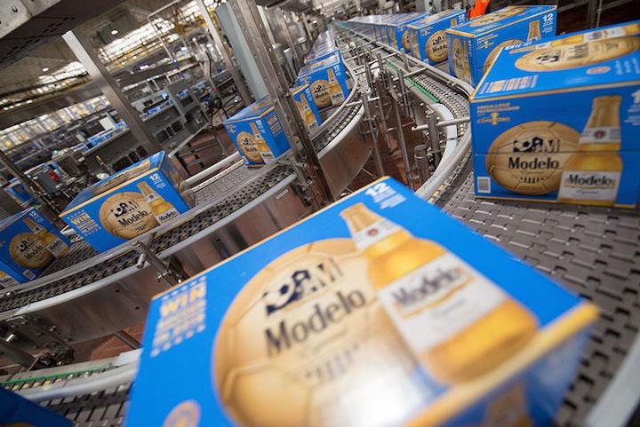 La Cervecería Nava de Grupo Modelo aumentó la producción en un mercado plano al actualizar su red industrial