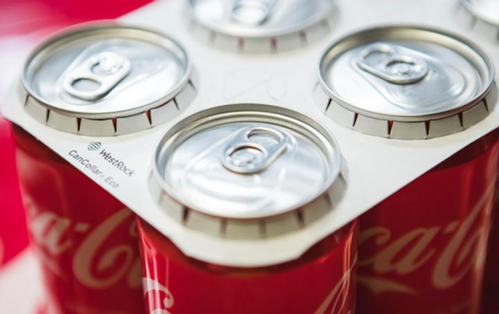 La instalación del equipo de fabricación CanCollar Fortuna™ de WestRock permitirá agrupar latas de envases múltiples de una manera sostenible y respetuosa con el medio ambiente, con un proceso que no requiere el uso de pegamentos o adhesivos.