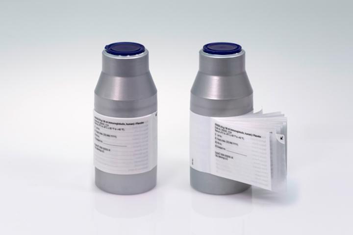 La combinación de Flexi-Cap y etiqueta tipo libreta ciega o enmascara el vial y ofrece un amplio espacio para la información del producto en varios idiomas.