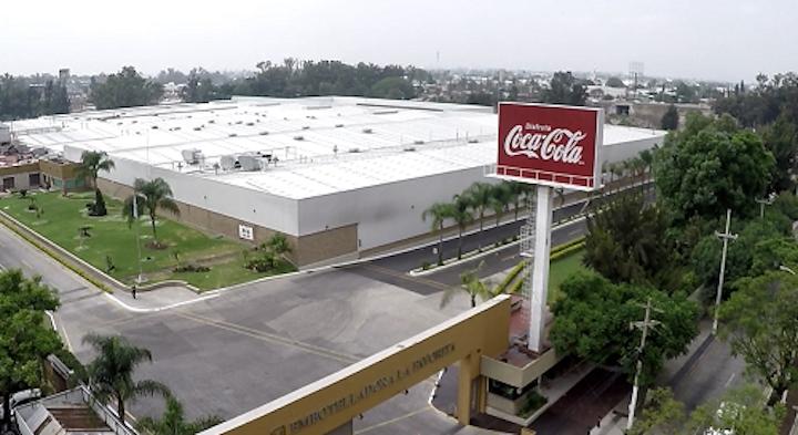 Arca Continental, una de las embotelladoras de Coca-Cola más importantes del mundo, obtuvo a través de su planta La Favorita una Mención Especial de parte del Premio Iberoamericano de Calidad.