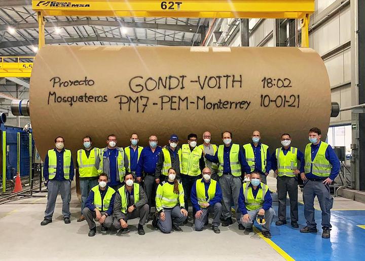 Después de 25 meses de construcción e instalación de su molino Mosqueteros, y superando las dificultades impuestas por la pandemia, Grupo Gondi produjo a comienzos de este mes de enero 2021 su primer rollo de papel en este nuevo molino en Monterrey.
