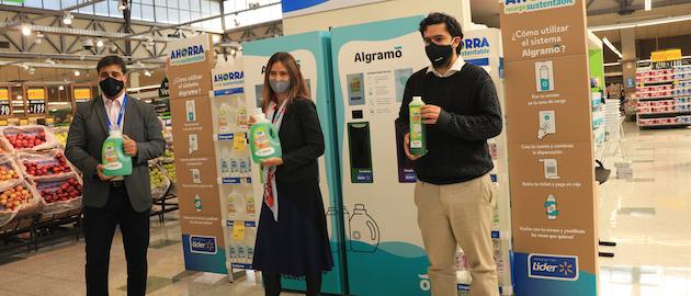 Durante el lanzamiento de este proyecto estuvieron la ministra de Medio Ambiente de Chile, Carolina Schmidt; el CEO de Walmart Chile, Gonzalo Gebara; y José Manuel Moller, fundador y CEO de Algramo.