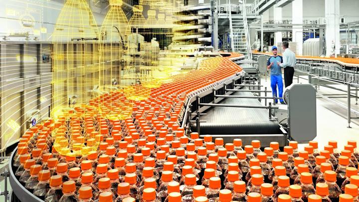 Los gemelos digitales se pueden utilizar para ayudar a optimizar las líneas de producción, incluidas las configuraciones de motor y accionamiento.